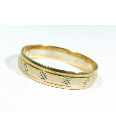 Többszínű arany gyűrű