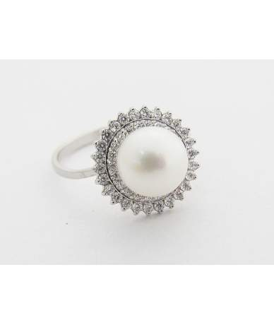 Fehér arany, tenyésztett gyöngy gyűrű