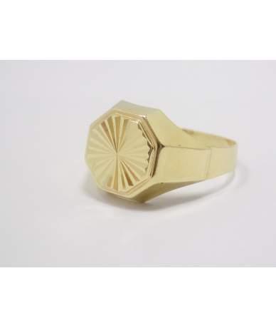 Vésett díszítésű sárga arany pecsétgyűrű