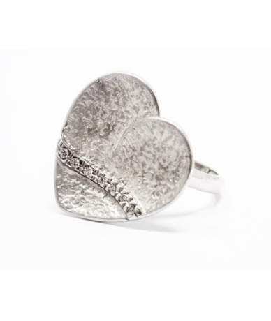 Szív alakú ezüst gyűrű