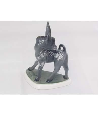 Zsolnay porcelán figura