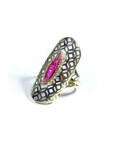 Arany gyűrű rubin színű kővel