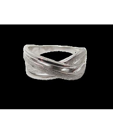 Ezüst női gyűrű,áttört mintával