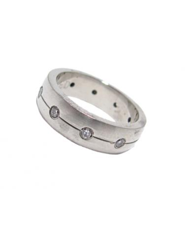 Nemesacél női karikagyűrű,köves.