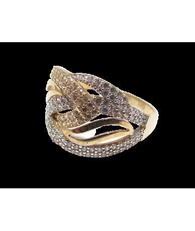 Arany női gyűrű,csavart mintás,köves.