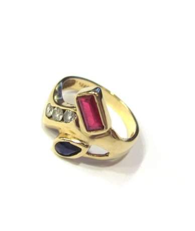 Női köves gyűrű