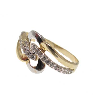 Fehér Arany köves női gyűrű,áttört,hullám mintával.