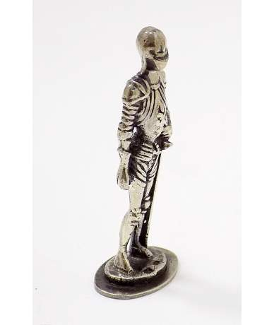 Ezüst katona figura