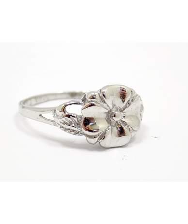 Ezüst virágos gyűrű