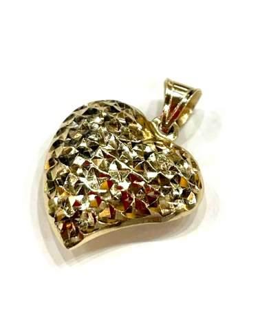 Vésett üreges arany szív...