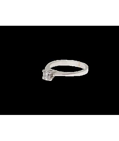 Fehér arany szoliter gyűrű.