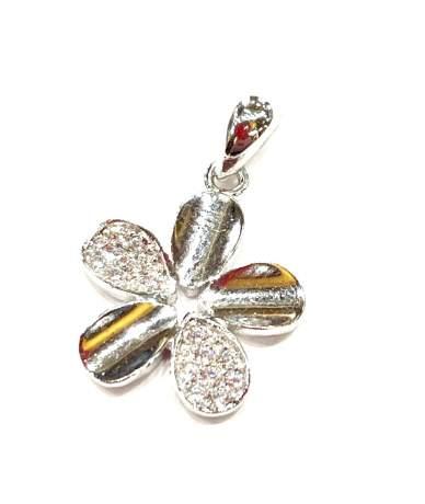 Csillogó ezüst virág medál