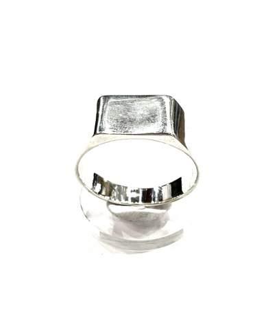 Téglalap alakú  ezüst gyűrű