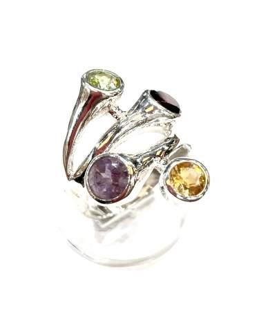 Ezüst gyűrű színes köves