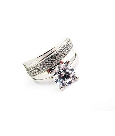 Szoliter fazonú fehér arany gyűrű