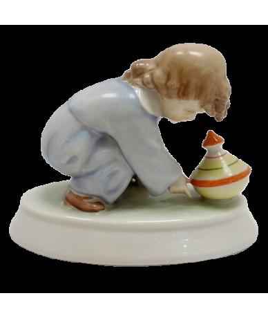 Zsolnay búgócsigás fiú figura